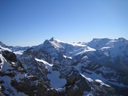 ティトリス山から望む