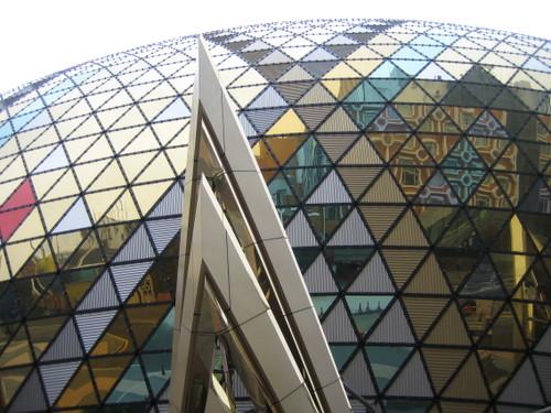 マカオ 巨大な円形のカジノのビル